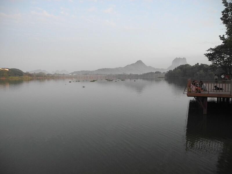 Lago Khan Thar Yar