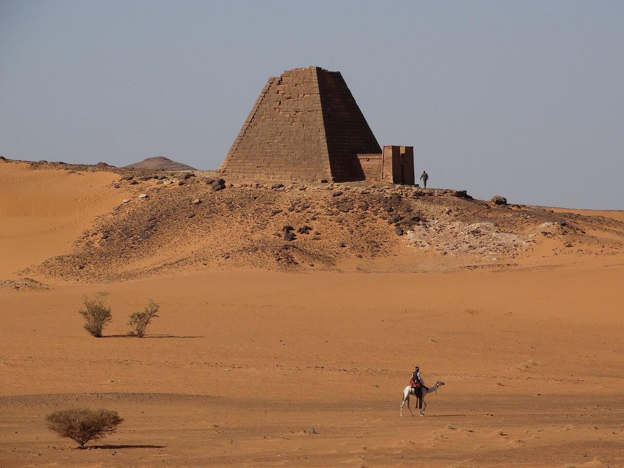 Siti archeologici misteriosi nel mondo: le piramidi di Meroe