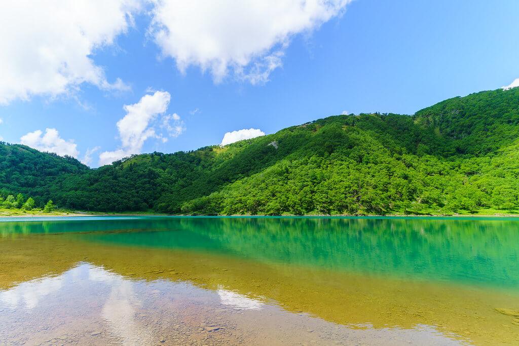 Uno dei cinque laghi del Goshikinuma