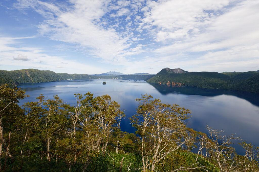 Il lago Mashu e le sue acque cristalline