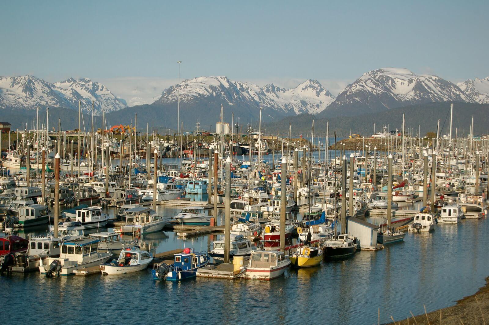 Piccola città americana in Alaska