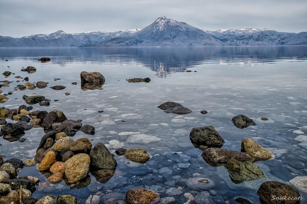 Shikotsuko, più volte valutato come il più trasparente tra i laghi giapponesi