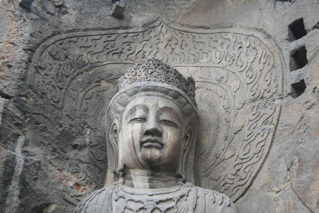 Particolare del Vairocana Buddha (dinastia Tang) della Grotta Fengxian