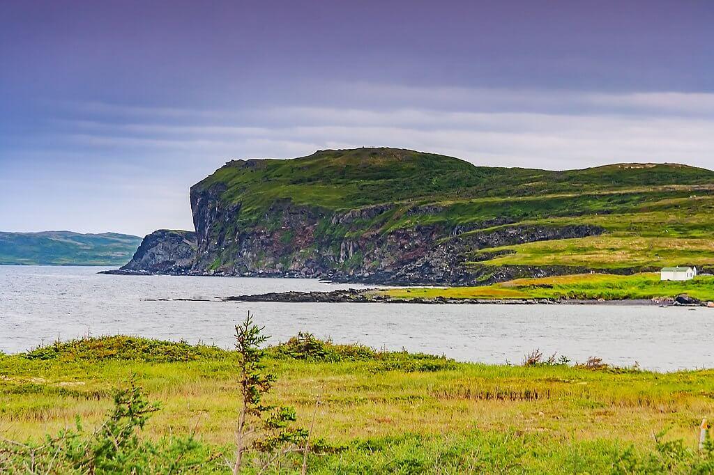 Le coste settentrionali dell'isola di Terranova nei pressi del sito archelogico di Anse aux Meadows