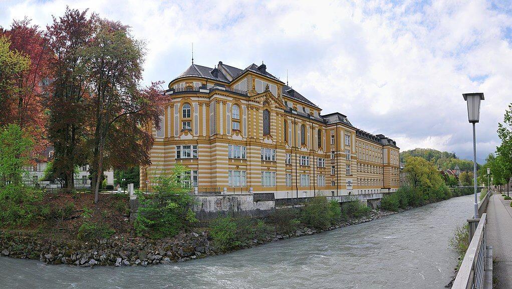 Il Collegio Stella Matutina a Feldkirch dove Joseph Fischer insegnò fino al 1938