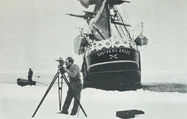 La spedizione inglese Southern Cross (1900), guidata da Carsten Borchgrevink