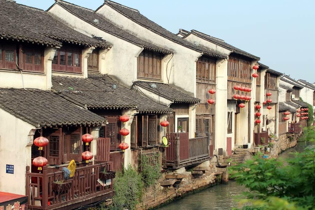 Case tradizionali che si affacciano sul canale di Shantang Street, Suzhou