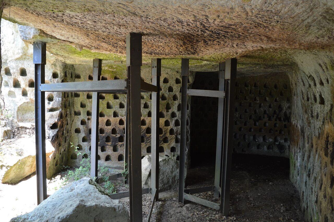 I colombari di Vitozza, usati per l'allevamento di piccioni