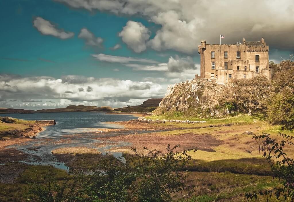 Dunvegan Castle, isola di Skye. Il castello del clan MacLeod