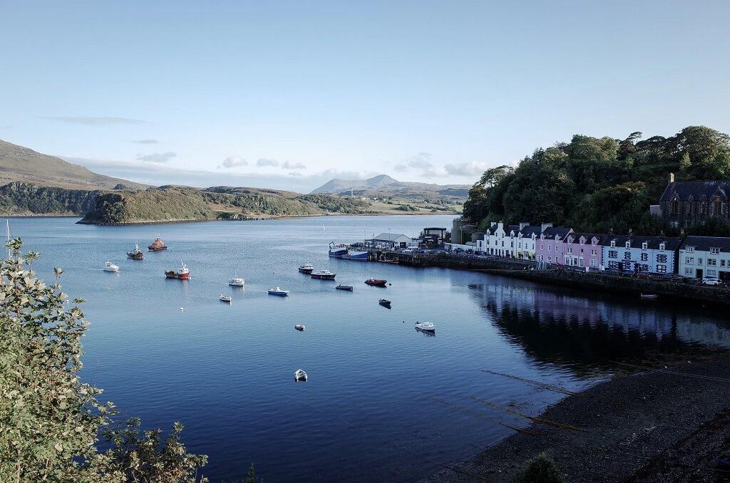 Portree, cittadina capoluogo dell'isola di Skye