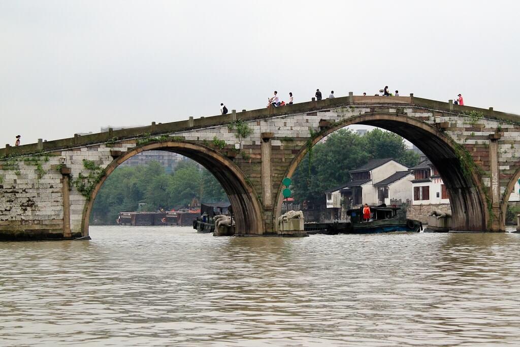Ponte sul Gran Canale della Cina, a Hangzhou