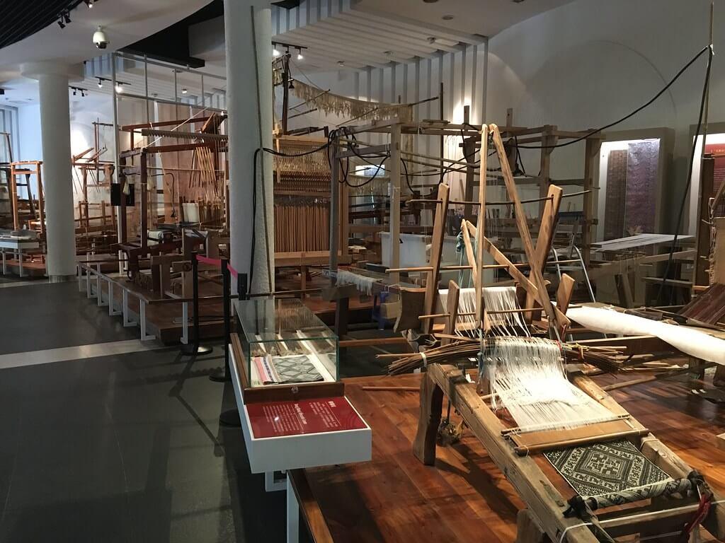 Una sala del China National Silk Museum di Hangzhou