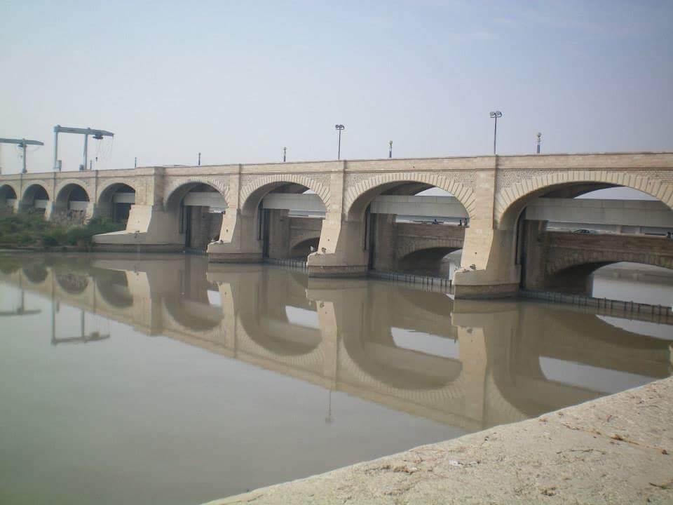 Lo sbarramento di Sukkur, sul fiume Indo