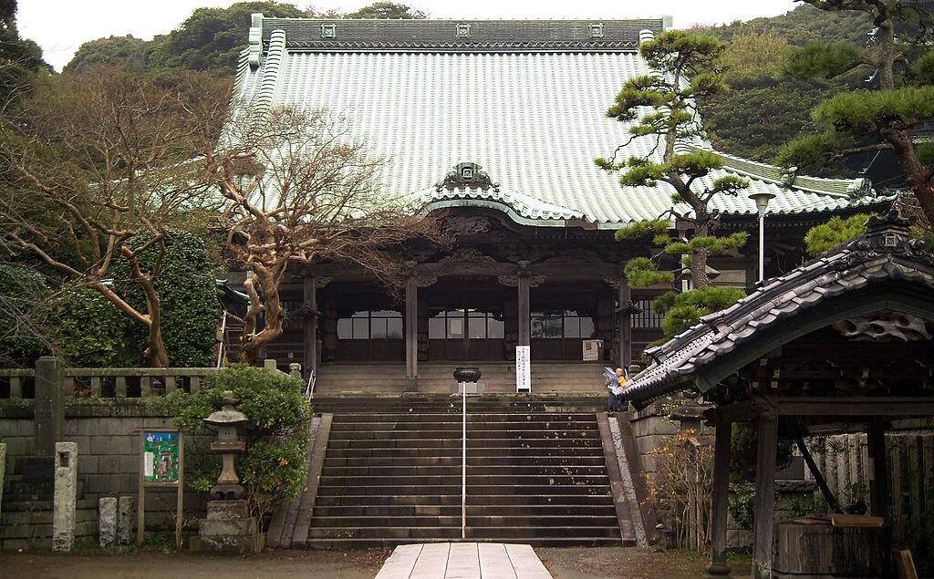Il tempio Ryūkō-ji, uno dei luoghi della leggenda d'amore giapponese tra Gozuryu e Benzaiten