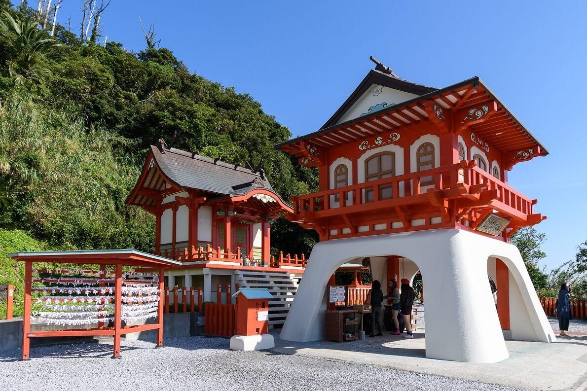Il santuario di Ryugu. Qui, secondo leggende locali, sarebbe nato Urashima Taro
