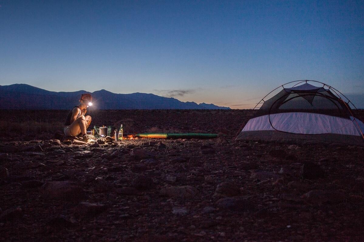 I materassini da campeggio e il valore R, che indica la capacità di isolamento termico dal suolo
