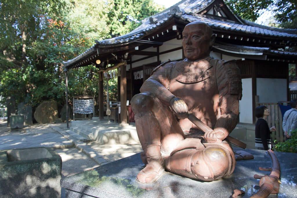 La statua di Sanada Yukimura al santuario di Yasui, nel quartiere Tennoji di Osaka