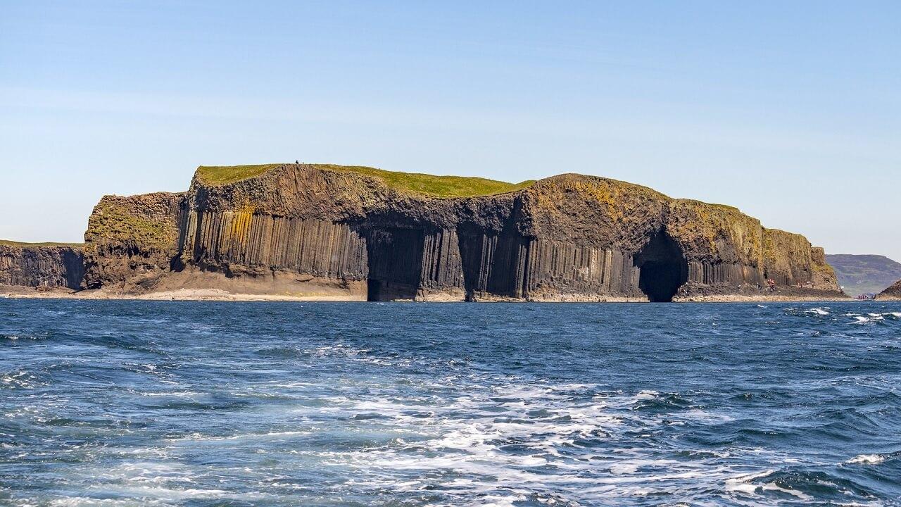 L'isola di Staffa e la grotta di Fingal