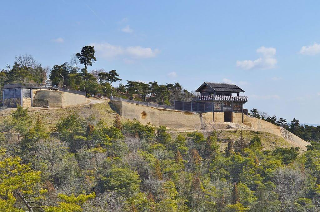Il castello di Ki, nella prefettura di Okayama, è un kogoishi