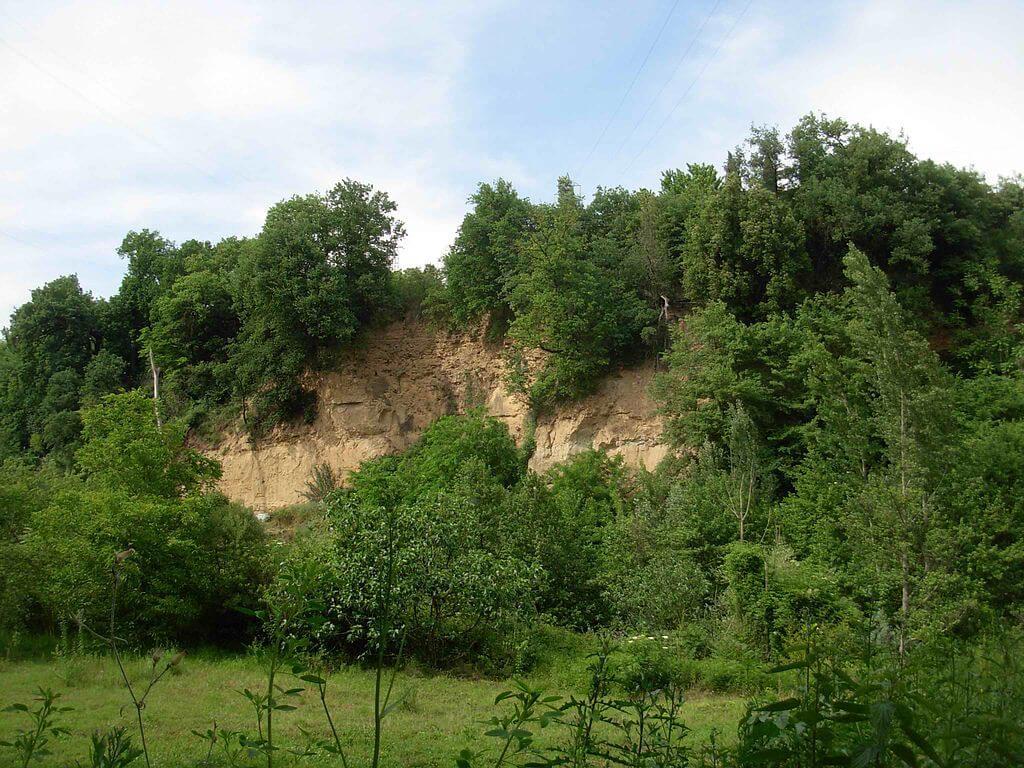 La Spianata dei Falchi, visibile lungo il Sentierelsa