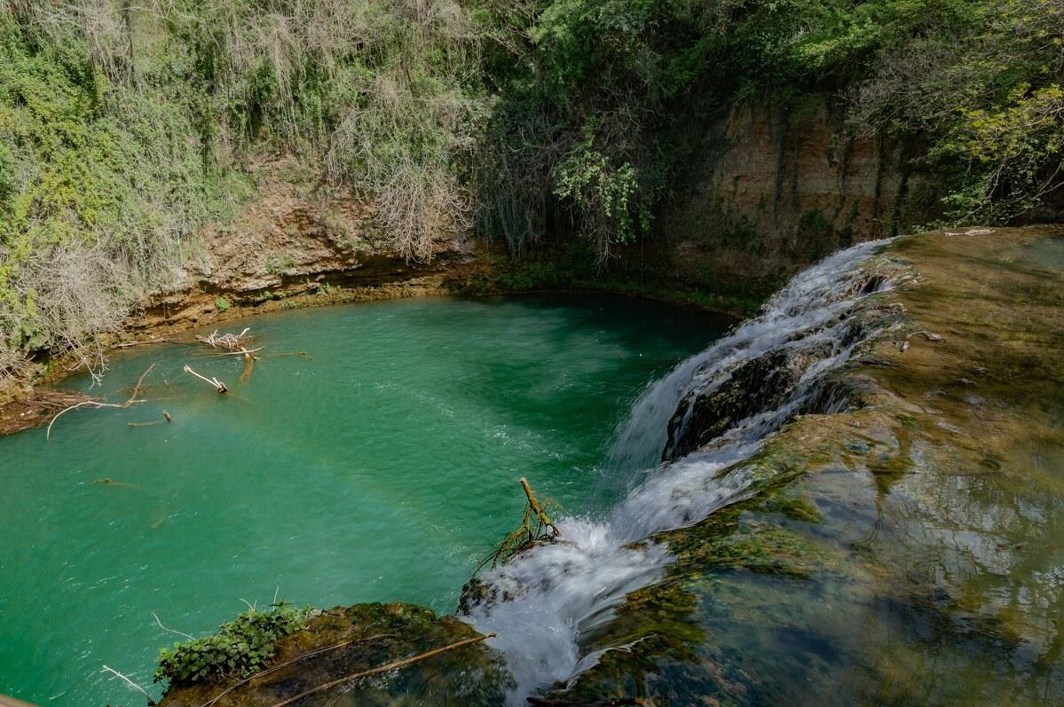 La Cascata del Diborrato, lungo il Sentierelsa