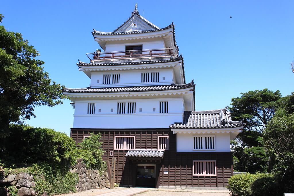 Il piccolo tenshu del castello di Hirado