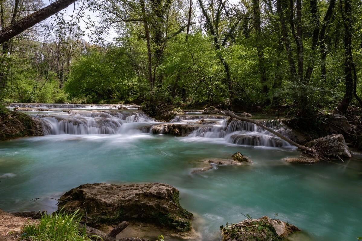 Vasche naturali lungo il fiume Elsa