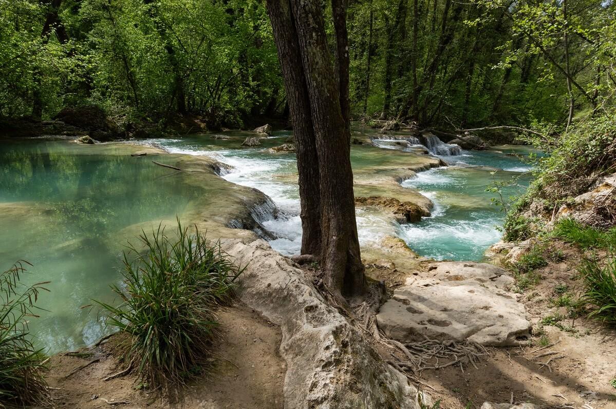 Le acque turchesi del fiume Elsa