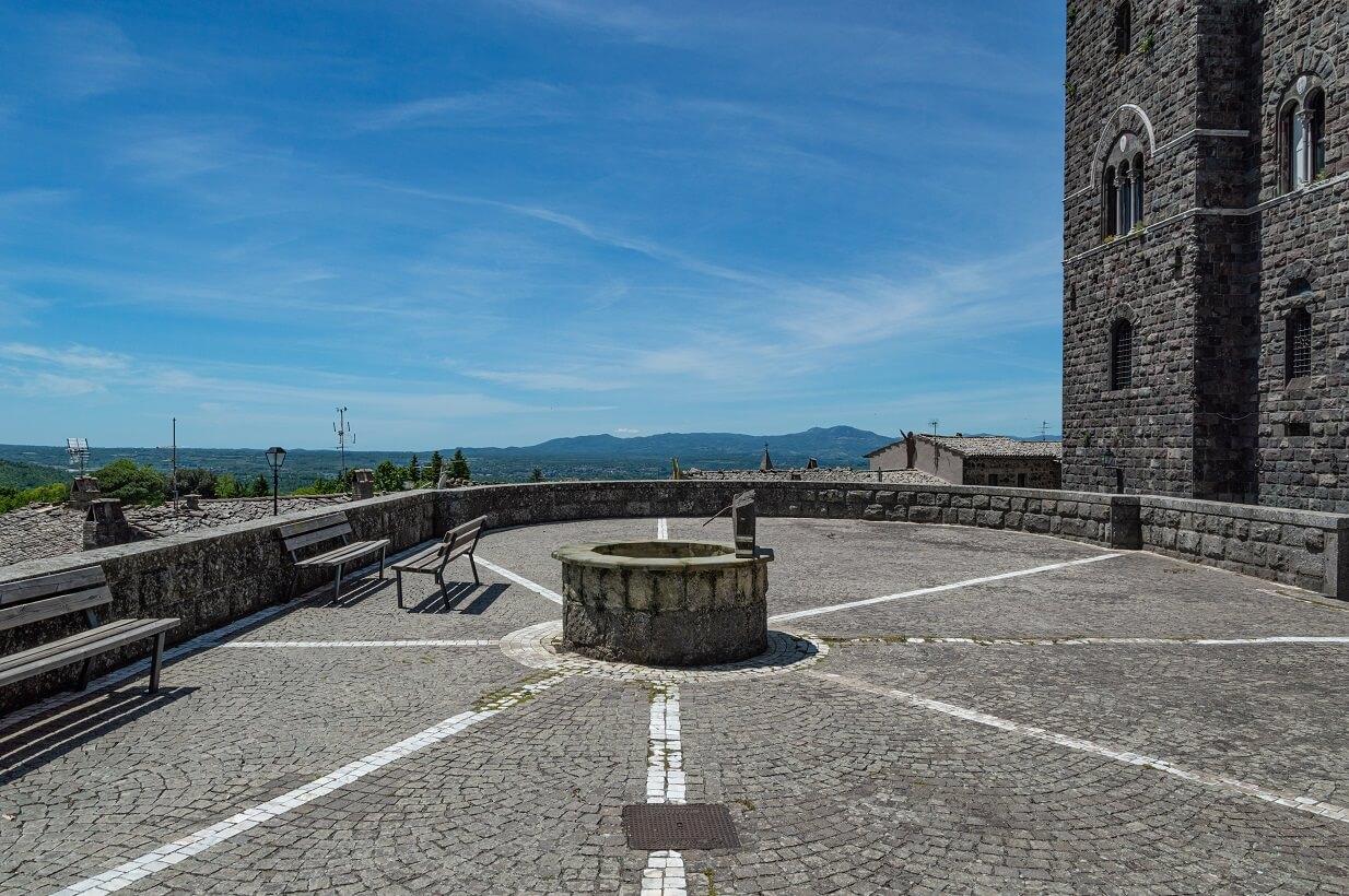 La terrazza panoramica di Torre Alfina
